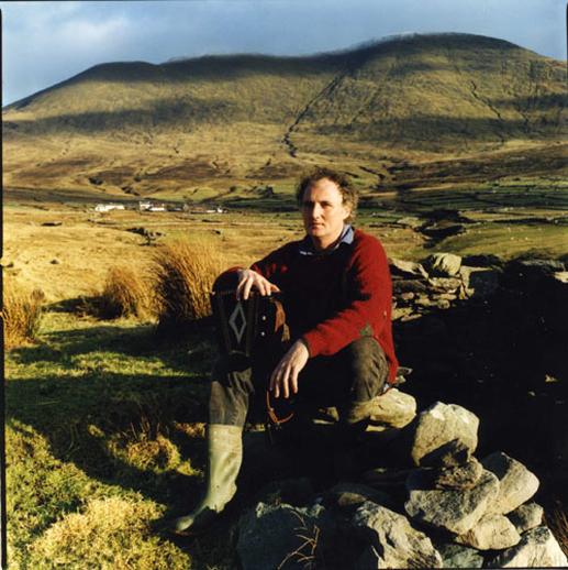 Breanndán Ó Beaglaoich, accordion, 2000 / Paul McCarthy