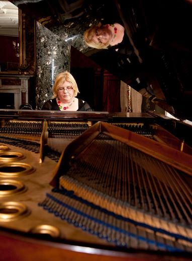 Geraldine Cotter, piano / Stephen Power