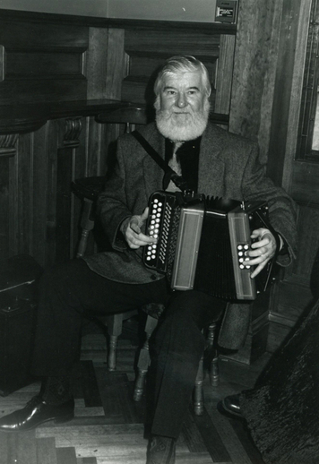 Joe Burke, accordion / Steven de Paoire