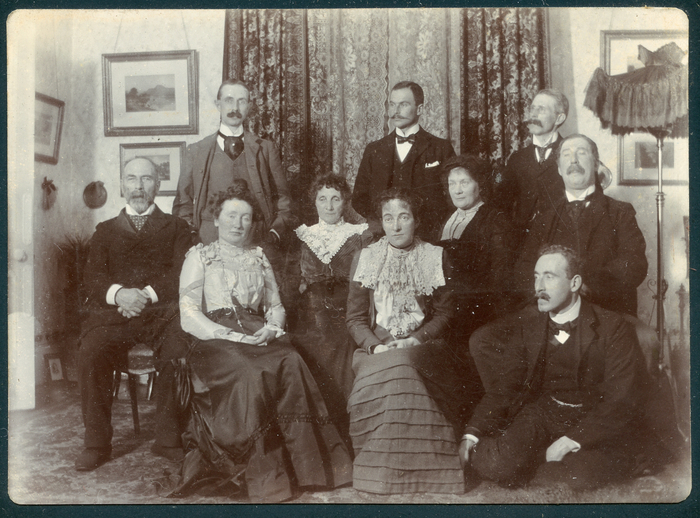 PW Joyce with members of his family, photo / [unidentified photographer]