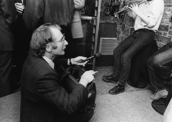 Tom Davis, collector / Mac Innes photographer