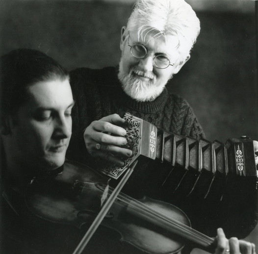 Gearóid Ó hAllmhuráin, concertina ; Patrick Ourceau, fiddle / [unidentified photographer]