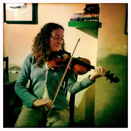 Deirdre Ní Chonghaile, fiddle / Danny Diamond