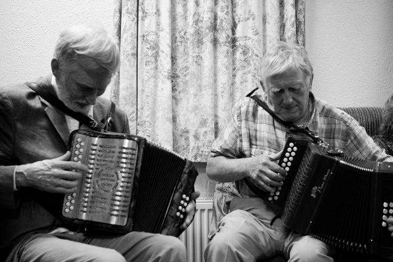 Charlie Harris and Bobby Gardiner, accordions, 2010 / Danny Diamond