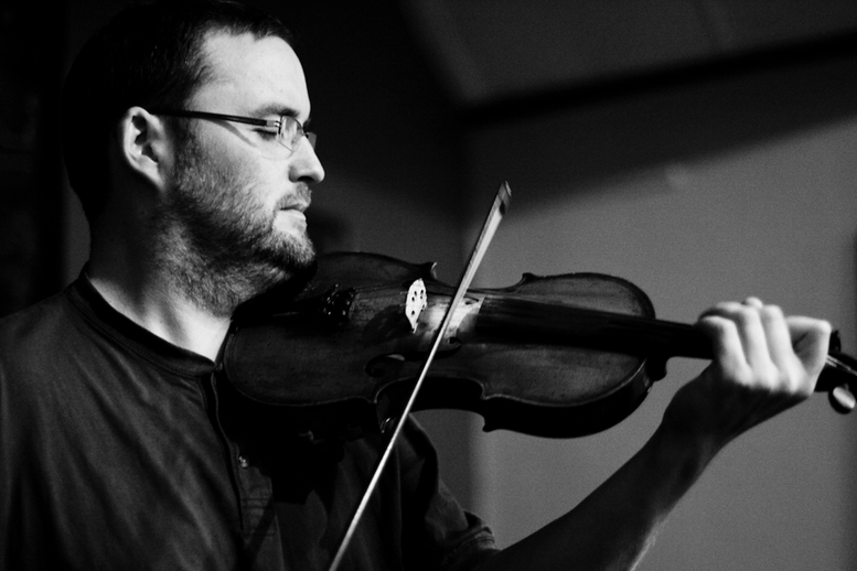 Rónán Galvin, fiddle / Danny Diamond