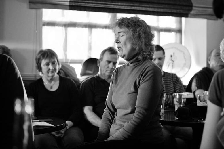 Marianne MacAleer, singer, 2010 / Danny Diamond