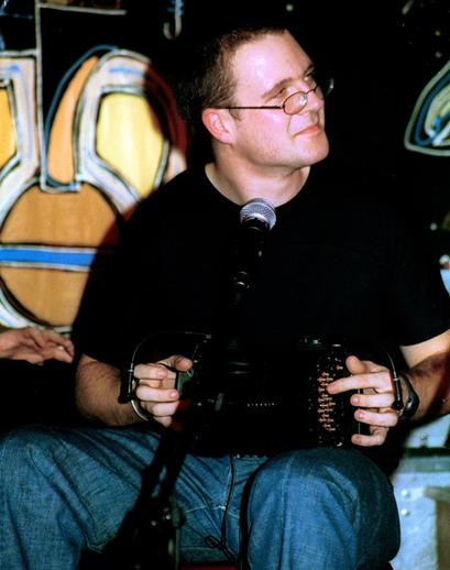 Aogán Lynch, concertina / Steven de Paoire
