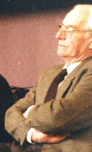 Éamonn Mac Ruairí / Ken Garland