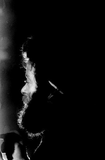 Tom Munnelly, singer, 1977 / Joe Dowdall