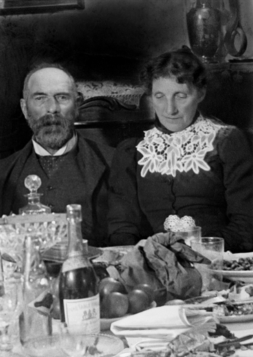 PW Joyce and his wife at lunch / [unidentified photographer]