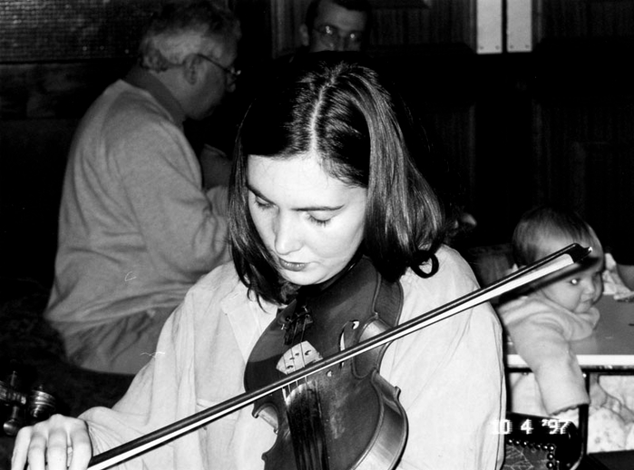 Róisín Harrigan, fiddle, 1997 / Mark Jolley