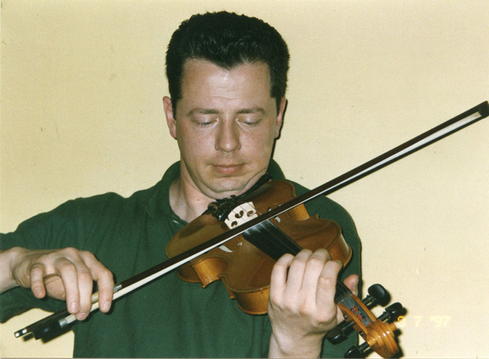 Mick Browne, fiddle, 1997 / Mark Jolley