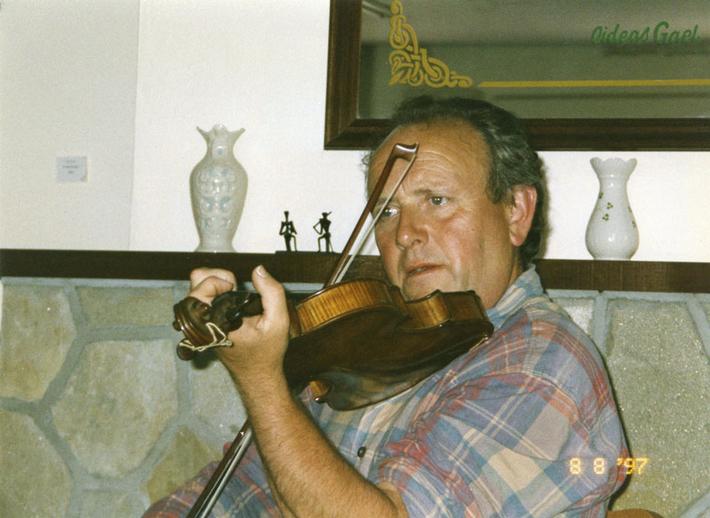 James Byrne, fiddle, 1997 / Mark Jolley
