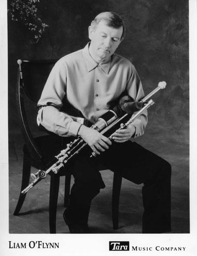 Liam O'Flynn, uilleann pipes, 1993 / Shane McCarthy