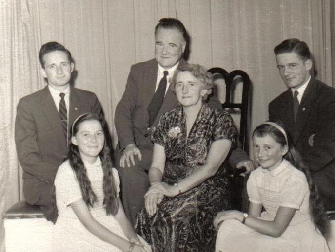 Rowsome family [Leon, Olivia, Leo, Helena, Helena, Liam], 1950s