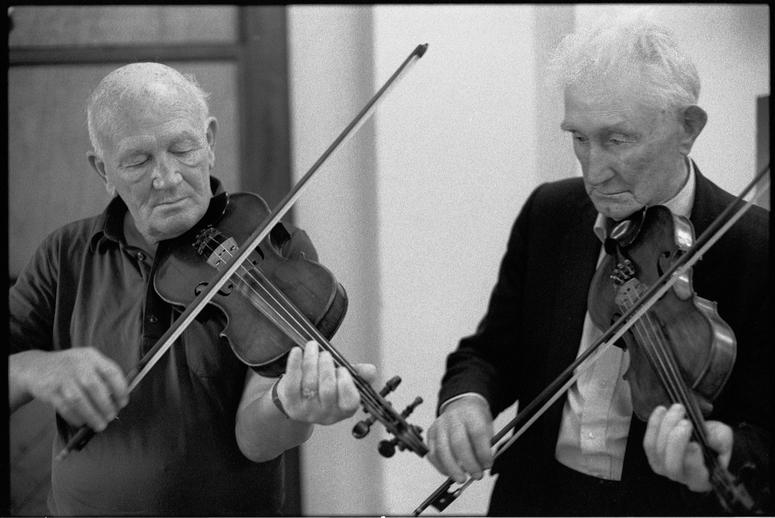 Bobby Casey and Junior Crehan / Peter Laban