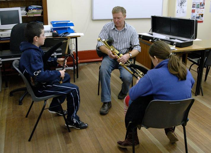 Eamonn Curran, uilleann pipes, 2007 / Paul Eliasberg