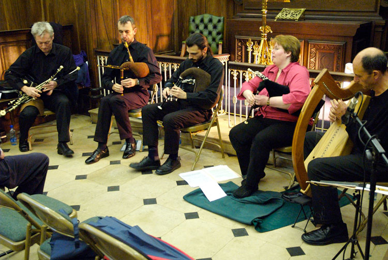 Mick O'Brien, uilleann pipes, & others, 2007 / Paul Eliasberg