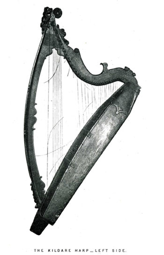 The Kildare Harp, left side / Robert Bruce Armstrong