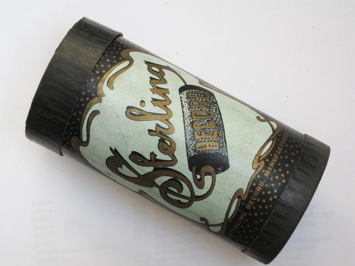 Sterling cylinder box / Henri Chamoux
