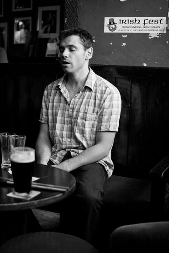 Mícheál Ó Cathain, singer / Danny Diamond