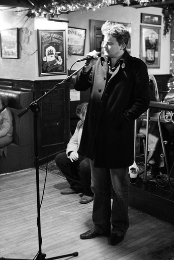Doimnic Mac Giolla Bhríde, singer, 2010 / Danny Diamond