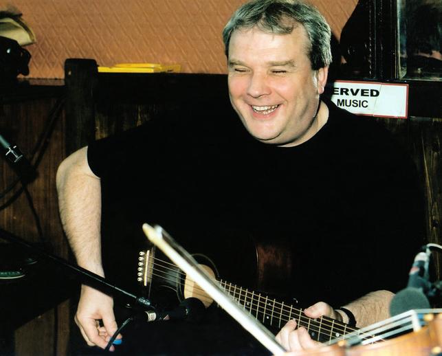 Damien Gallagher, guitar / Steven de Paoire