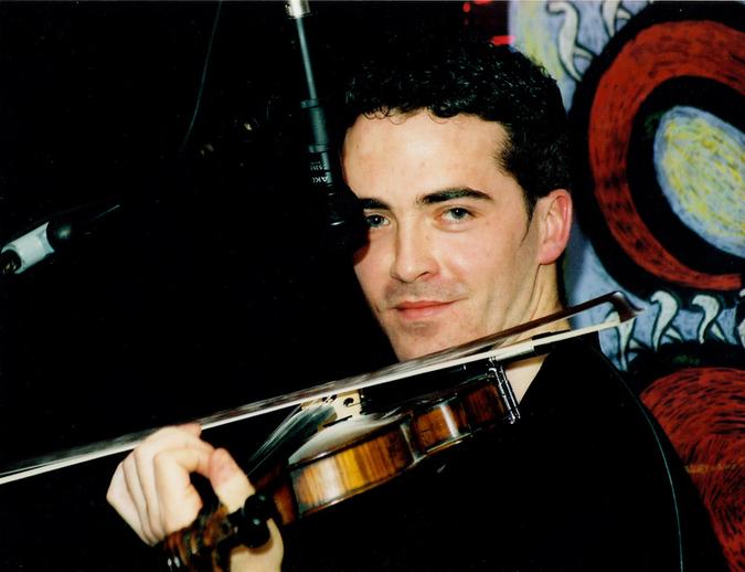 Tom Morrow, fiddle / Steven de Paoire