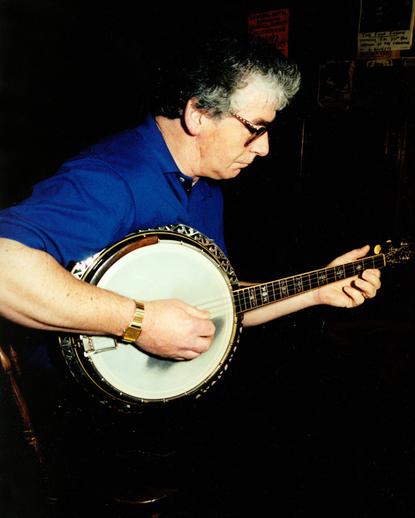 Frank McNamara, banjo / Steven de Paoire