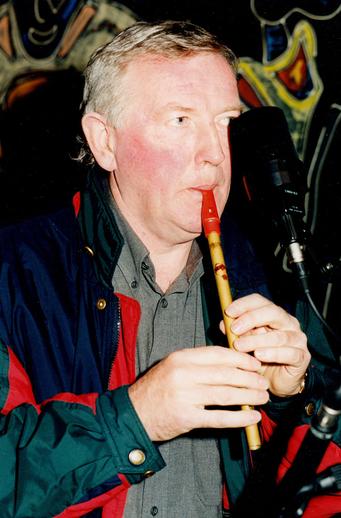 Liam Óg O'Flynn, whistle / Steven de Paoire