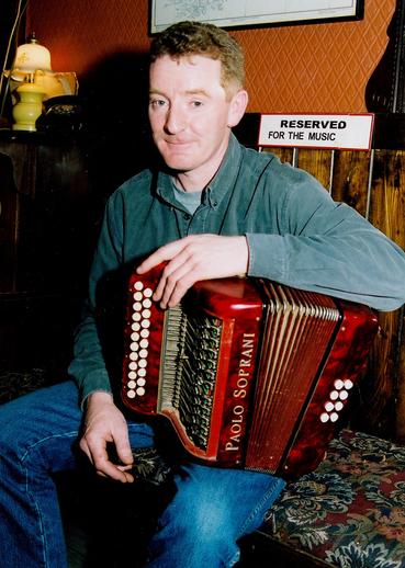 Peadar Ó Gallchobhair, accordion / Steven de Paoire