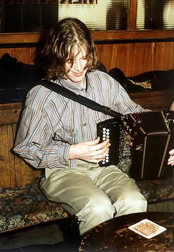 Seosamh Ó Neachtain, accordion / Steven de Paoire