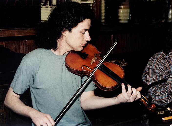 Steve Larkin, fiddle / Steven de Paoire