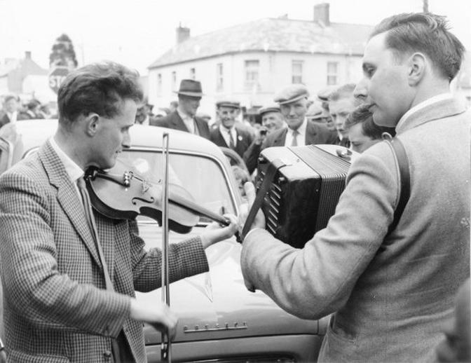 Two musicians at the Fleadh Cheoil, Gorey, 1962 / Bord Fáilte