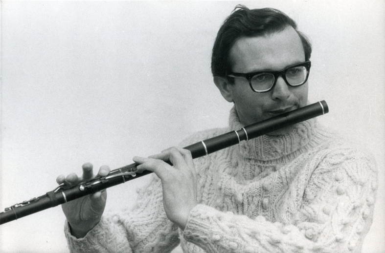 Michael Tubridy, flute / [unidentified photographer]
