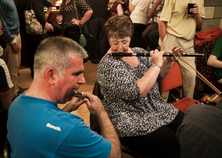 John Wynne, flute and Bríd O'Donoghue, flute / Tony Kearns