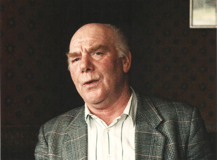 Charlie McGonigle (James Eoghain) / Ken Garland