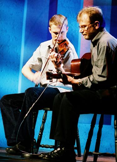 Ciarán Ó Maonaigh, Ceoltóir Óg na Bliana 2003, le Gearóid Ó Maonaigh / TG4 photographer