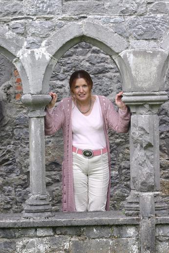 Rosie Stewart, Amhránaí na Bliana 2004 / TG4 photographer