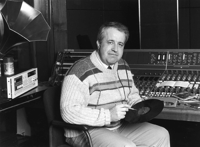 Harry Bradshaw, radio producer, 2008 / John Rowe