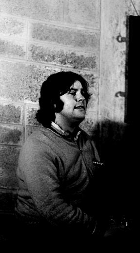 Brian Mullen, singer, 1977 / Joe Dowdall