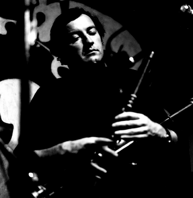 Liam O'Flynn, uilleann pipes, 1977 / Joe Dowdall
