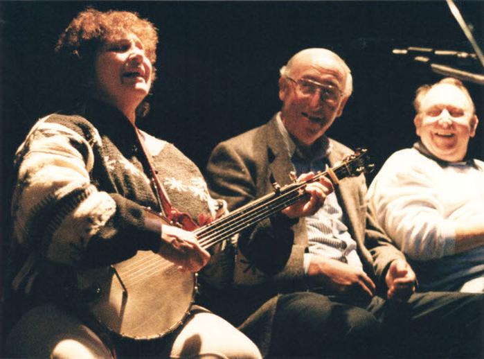 Sara Grey, singer, 1994 / Ken Garland