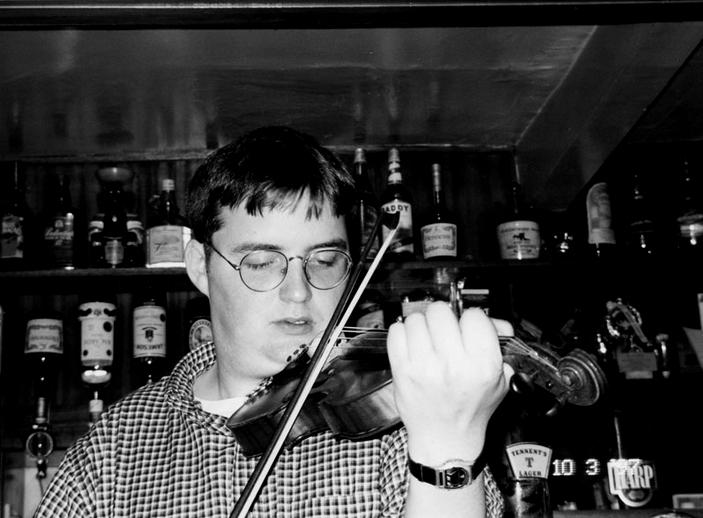 Ronan Galvin, fiddle, 1997 / Mark Jolley