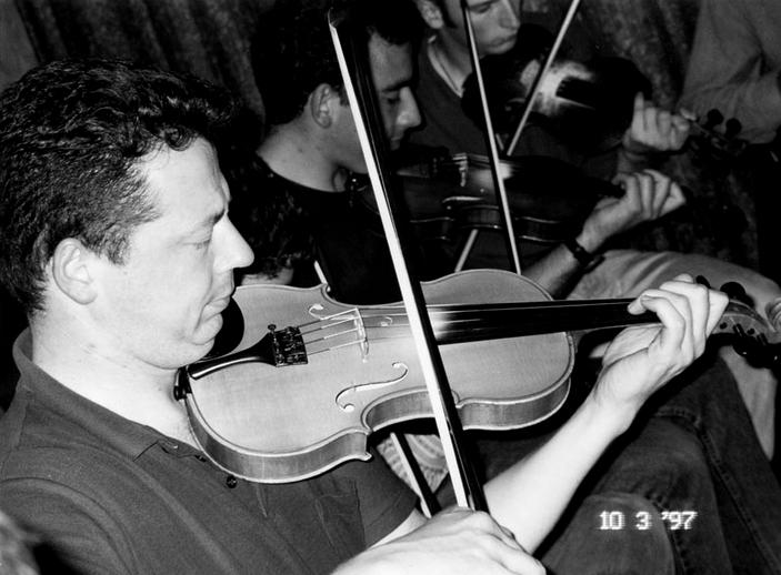 Mick Browne, fiddle, 1997 / Mark Jolley