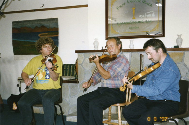 Martin McGinley, fiddle, & others, 1997 / Mark Jolley