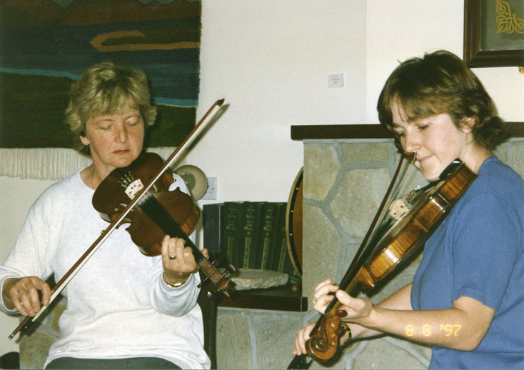 Kathleen Smith, fiddle, 1997 / Mark Jolley
