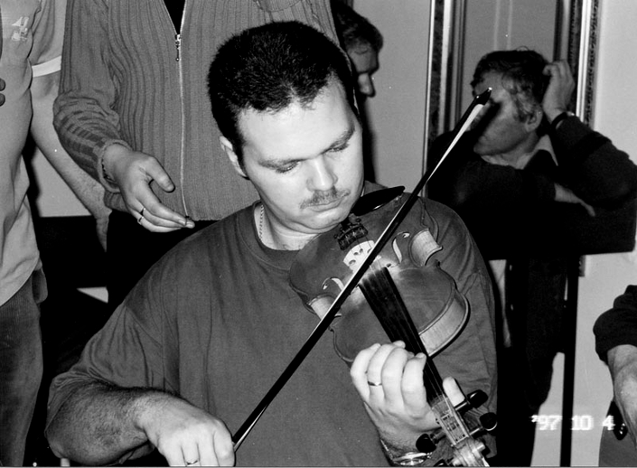 Seamus Gibson, fiddle, 1997 / Mark Jolley