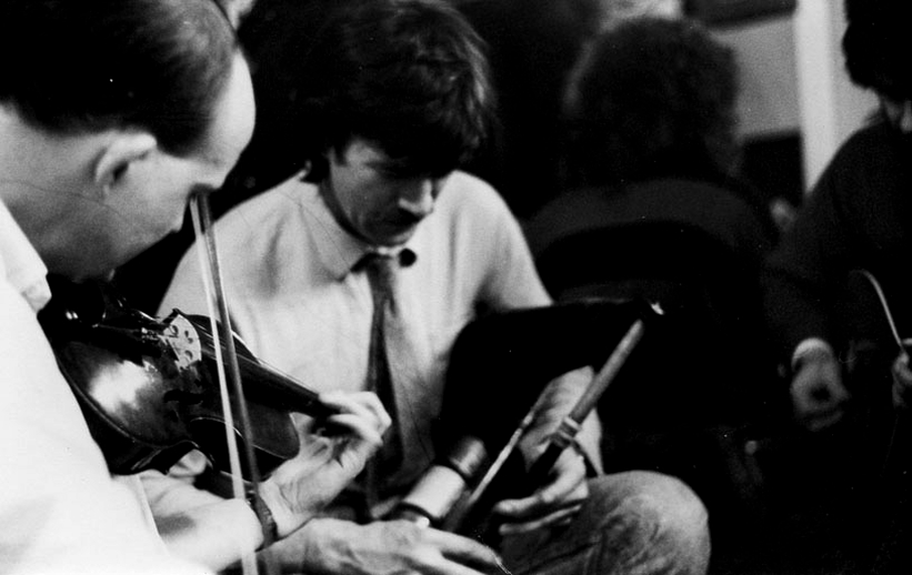Unidentified, fiddle ; Paddy Keenan, pipes / William Mullen