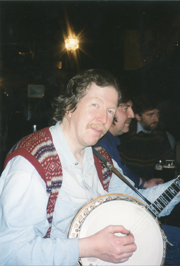 Mick O'Connor, banjo / Tom Maree